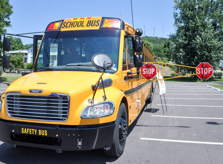 Extended stop arms OK to use on Indiana school buses, attorney general says