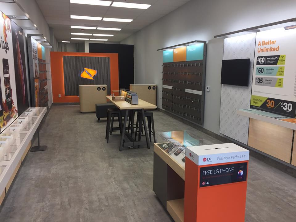 Boost Mobile opens new Valpo store amid push for several new Porter County locations