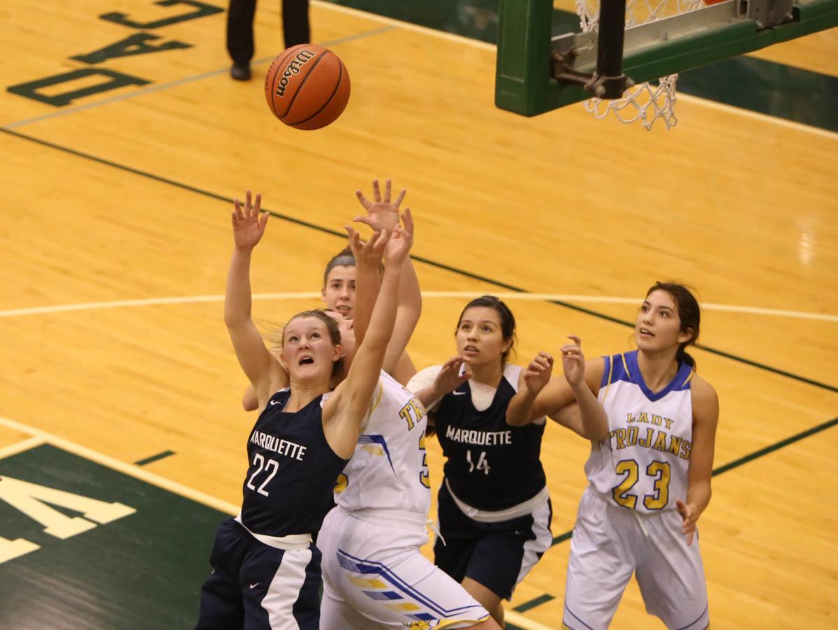Marquette Catholic vs. Tri-Central girls basketball semistate