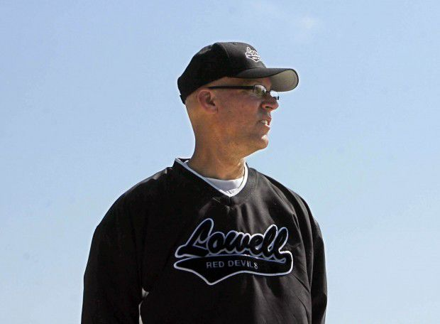 Lowell's Pete Iussig steps down as Red Devils softball coach (retirement)