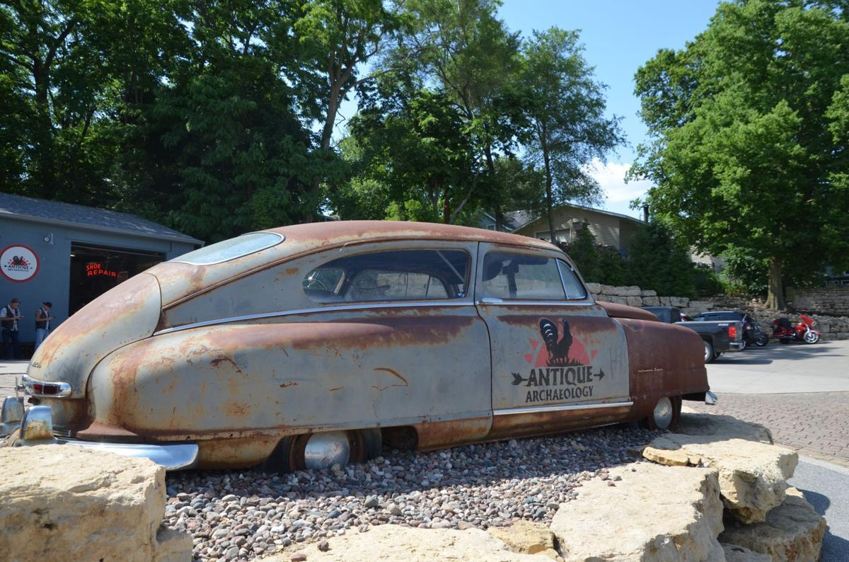 Charming Iowa River town is home of 'American Pickers'
