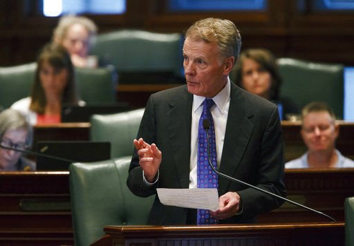 House votes give Illinois tax hike, 1st budget in 2 years