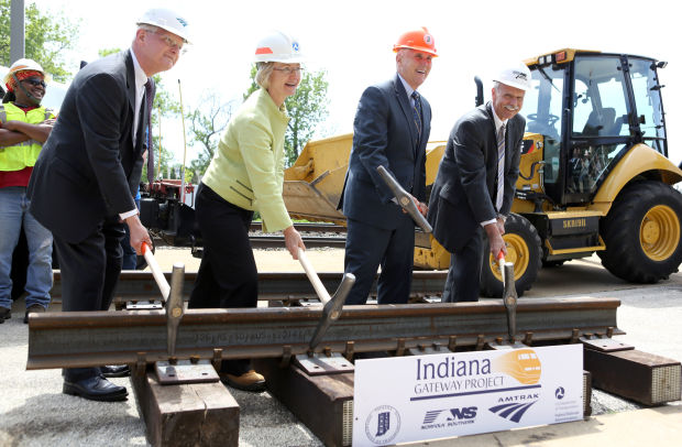 Pence touts Indiana Gateway high-speed rail link