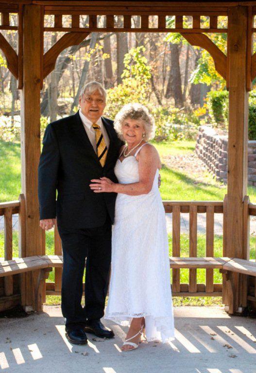 Richard and Barbara Varella celebrate 50th wedding anniversary
