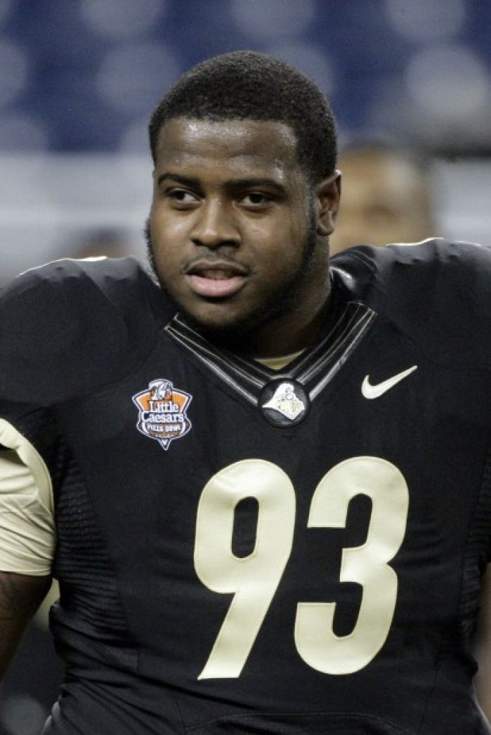 Carolina takes East Chicago's Kawann Short in 2nd round of NFL ...
