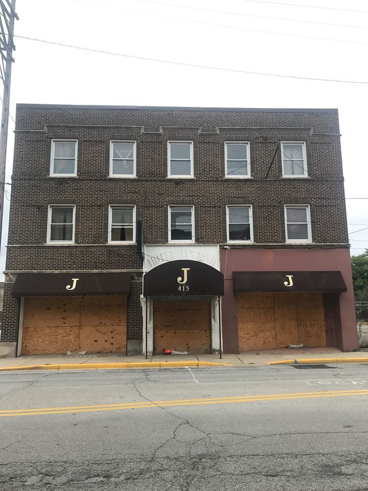 NWI Business Ins and Outs: Downtown Crown Point McDonald's to reopen with self-order kiosks in November; Hammond tearing down Jefferson Hotel, getting new strip mall with Gloria Jean's