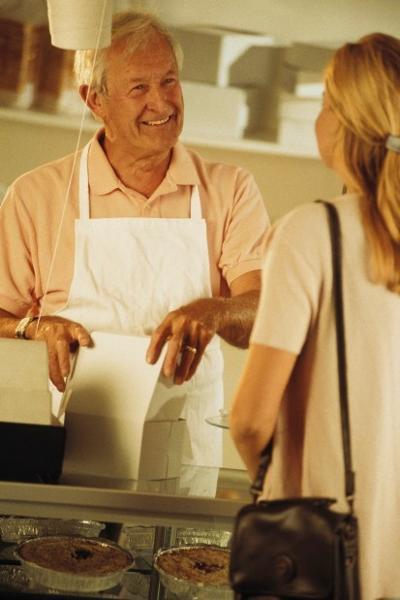 'Bridge' jobs help older workers ease into retirement