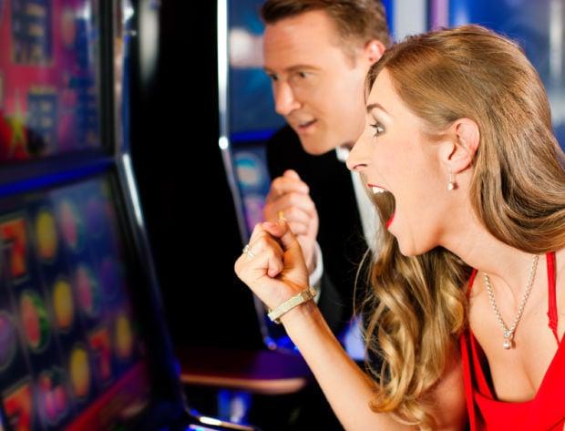 Penny slots dominate Illinois casino landscape   Casino Scene by ...