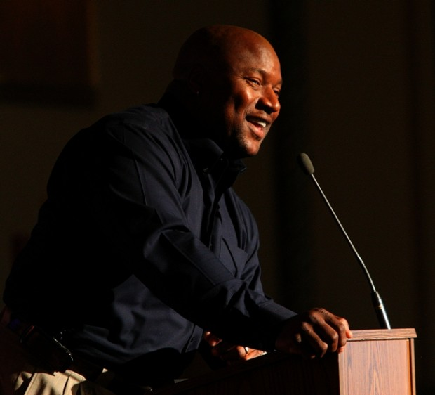 Bo Jackson says Crown Point was easy choice for new athletic center