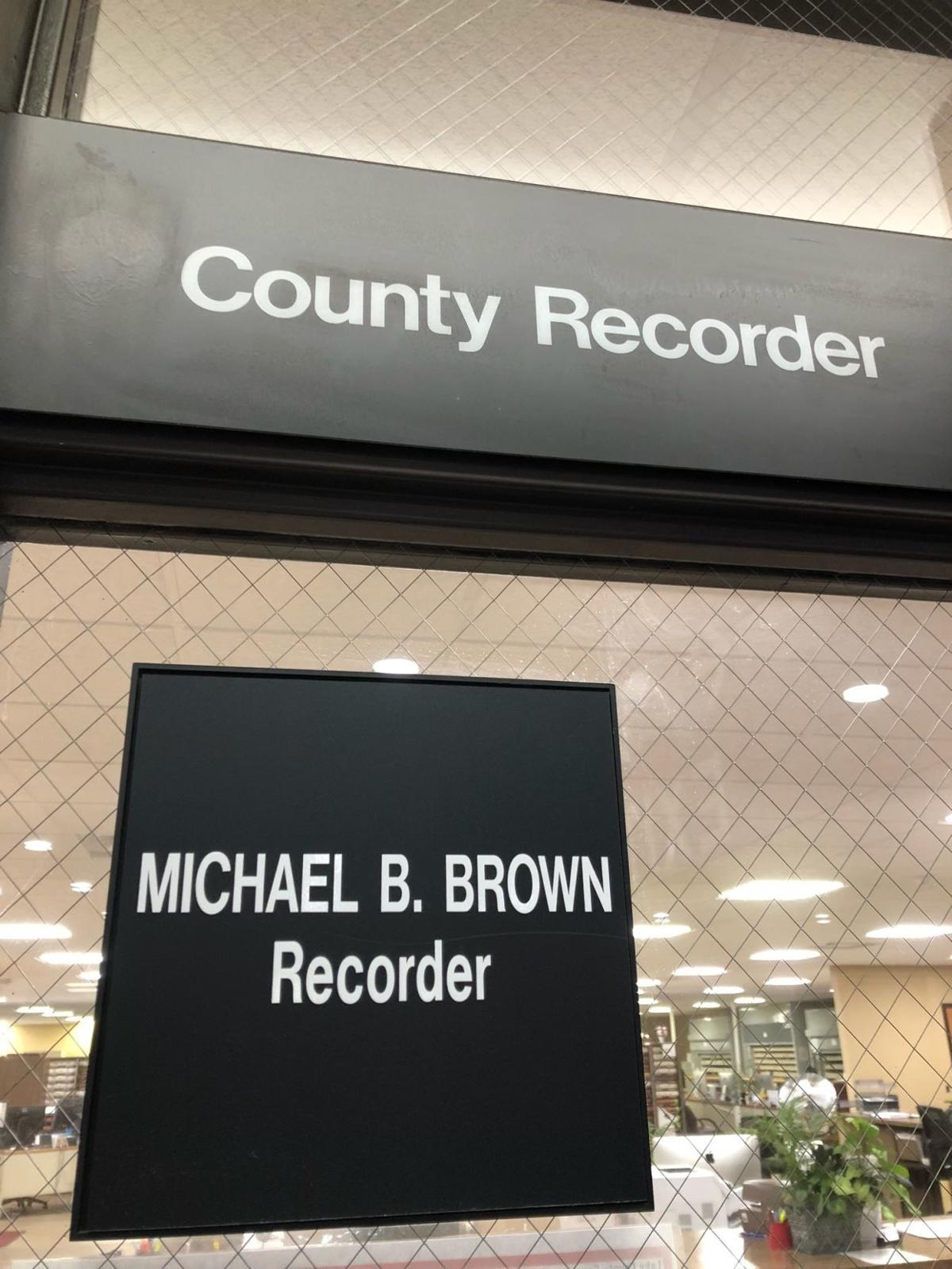 Lake County recorder sign
