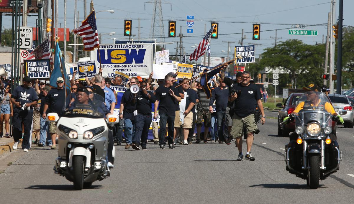 USW shoots down 'unacceptable' proposals from U.S. Steel, ArcelorMittal