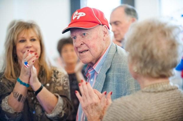 Patriotic fervor fills old courthouse