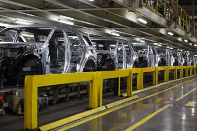 Calumet Region-made Explorer sales plunge 26.4% amid chip shortage