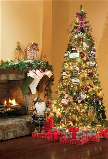 simple ways to bulk up your christmas tree