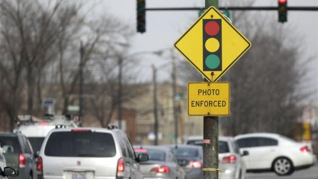 House OKs partial red-light camera ban, part of fed probe