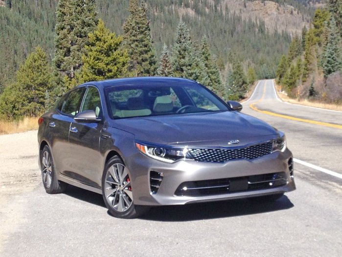 kia vaults over competitors with optima 39 s fuel economy cars. Black Bedroom Furniture Sets. Home Design Ideas