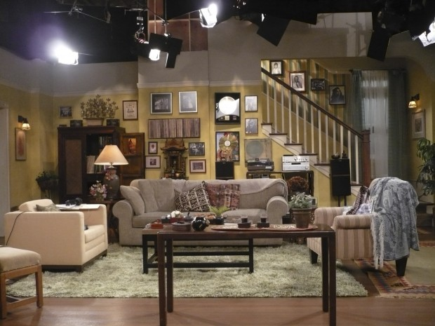 Set Decorators Use Decor To Flesh Out Characters Home