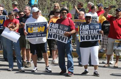 USW workers vote for ArcelorMittal contract