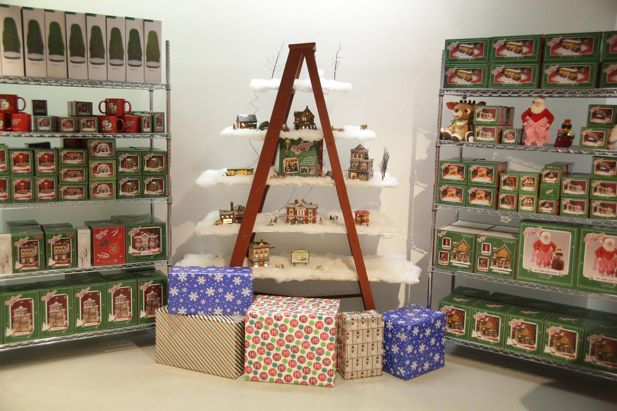 Indiana Welcome Center gift shop transformed during A Christmas ...