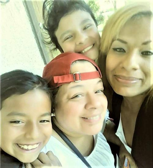 Jessica Flores and family