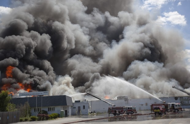 Crews respond to fire at old Reiter Automotive building