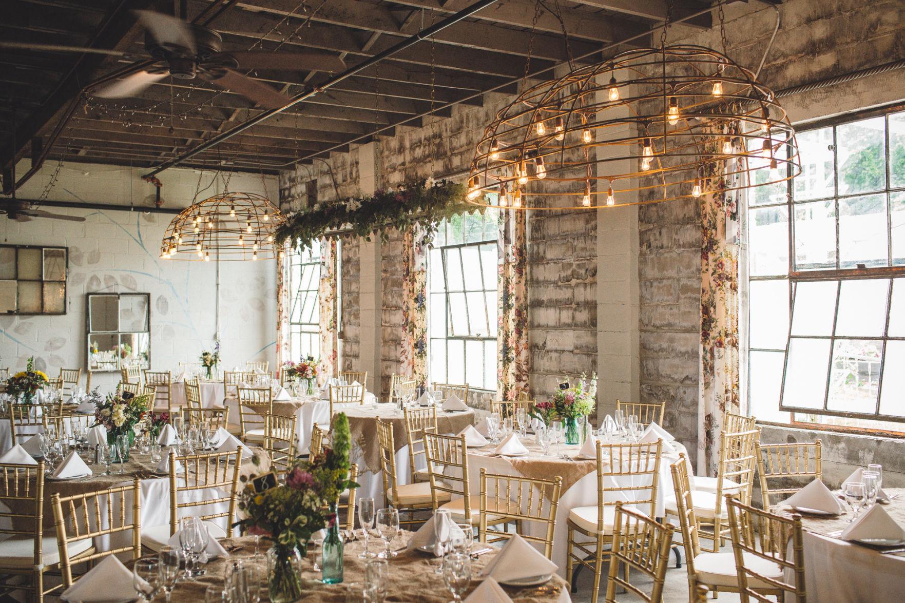 Rustic Wedding Venues Near Detroit Michigan Mini Bridal