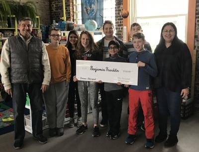Valparaiso Elks Lodge gives back to the community
