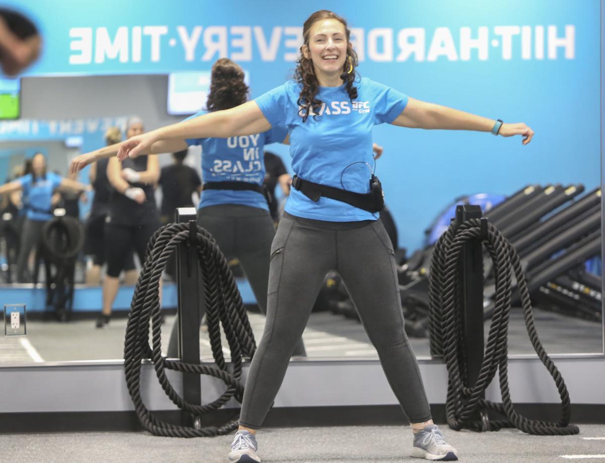 Krystal Quagliara, fitness class/book