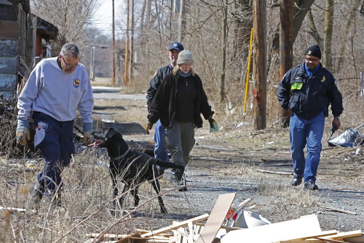 Law enforcement agencies search for Jessica Flores