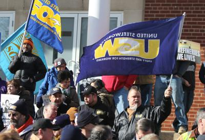 USW reaches tentative agreement with oil industry