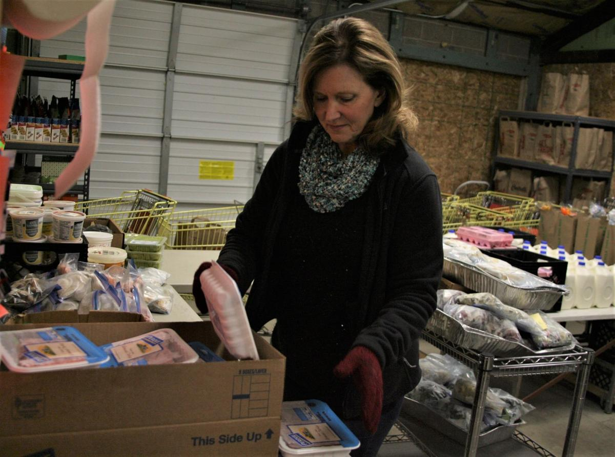 Longtime food pantry director stepping down