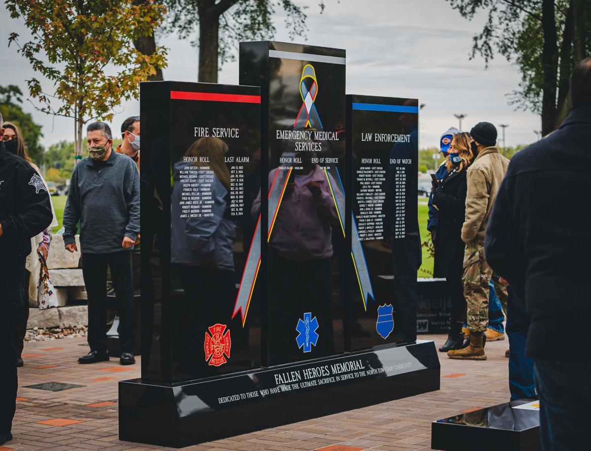 100420-nws-memorial_10