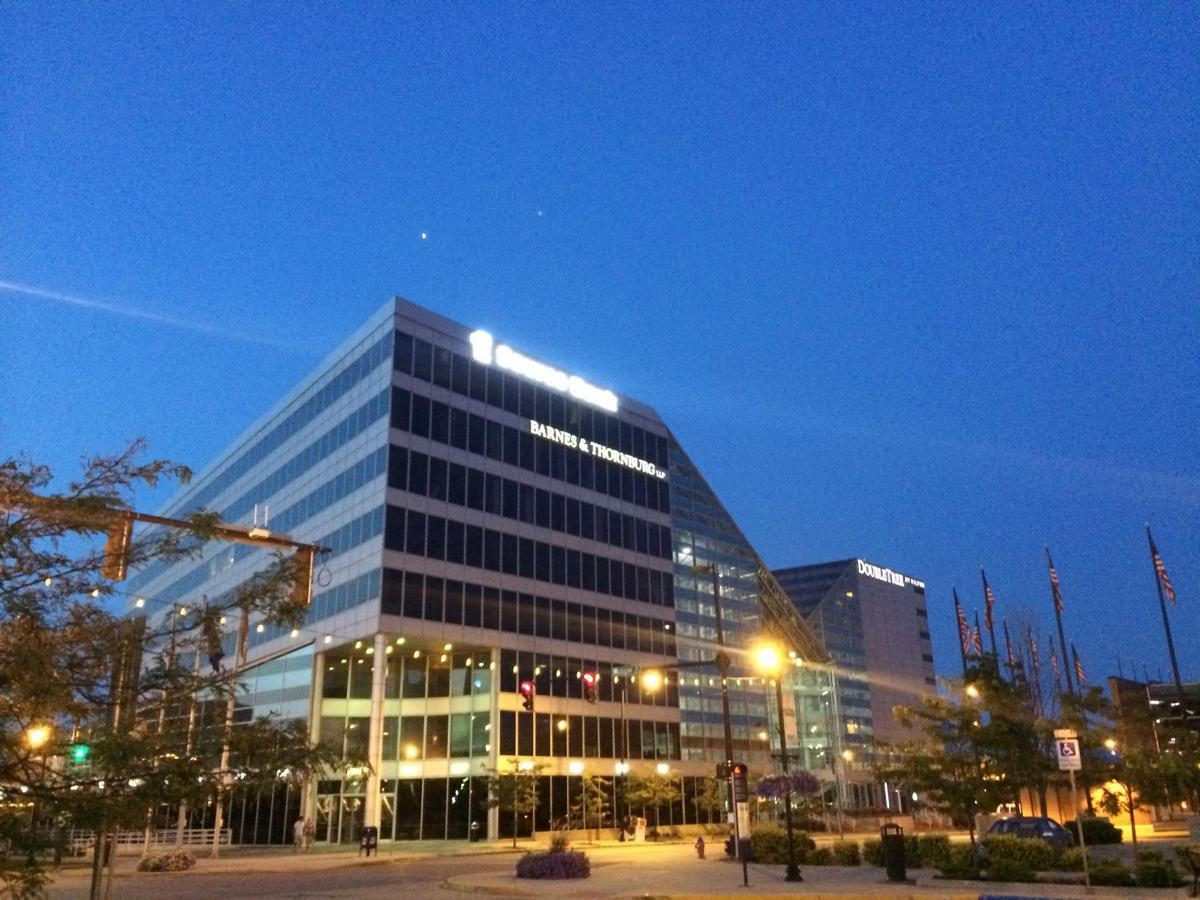 1st Source opens in second new bank building in Valpo in two years