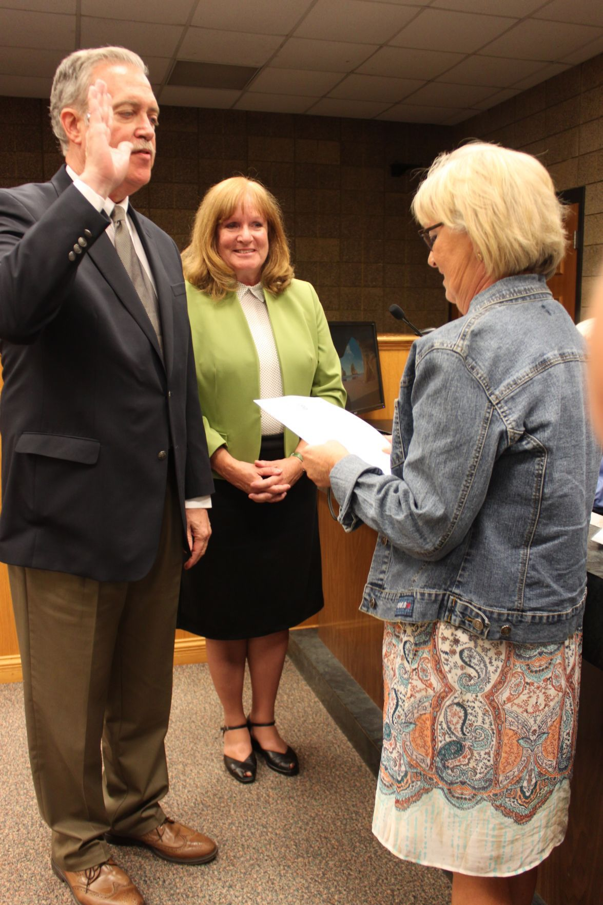 Caucus tabs mark krentz as new laporte mayor government for Laporte county clerk