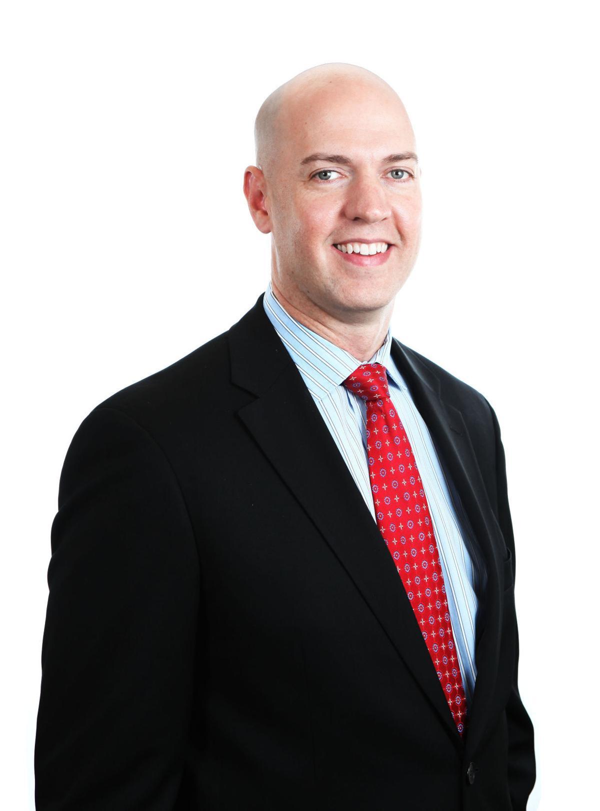 Stephen Lunn resigns
