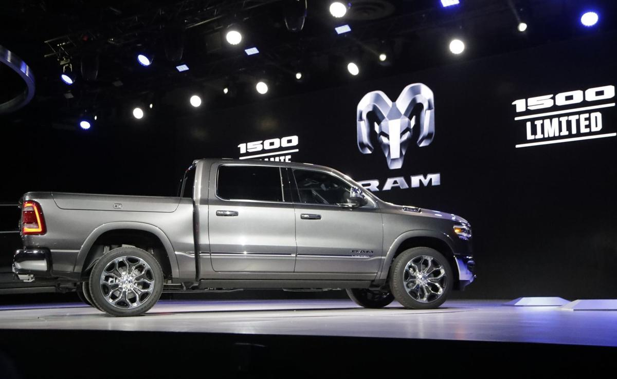 New pickups from Ram, Chevy heat up big-truck competition | Cars ...