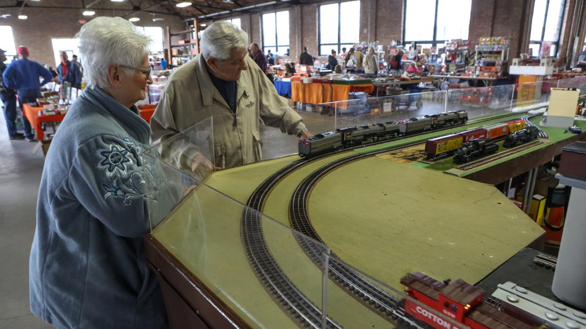 Tradition, updated technology keep model trains rockin ...