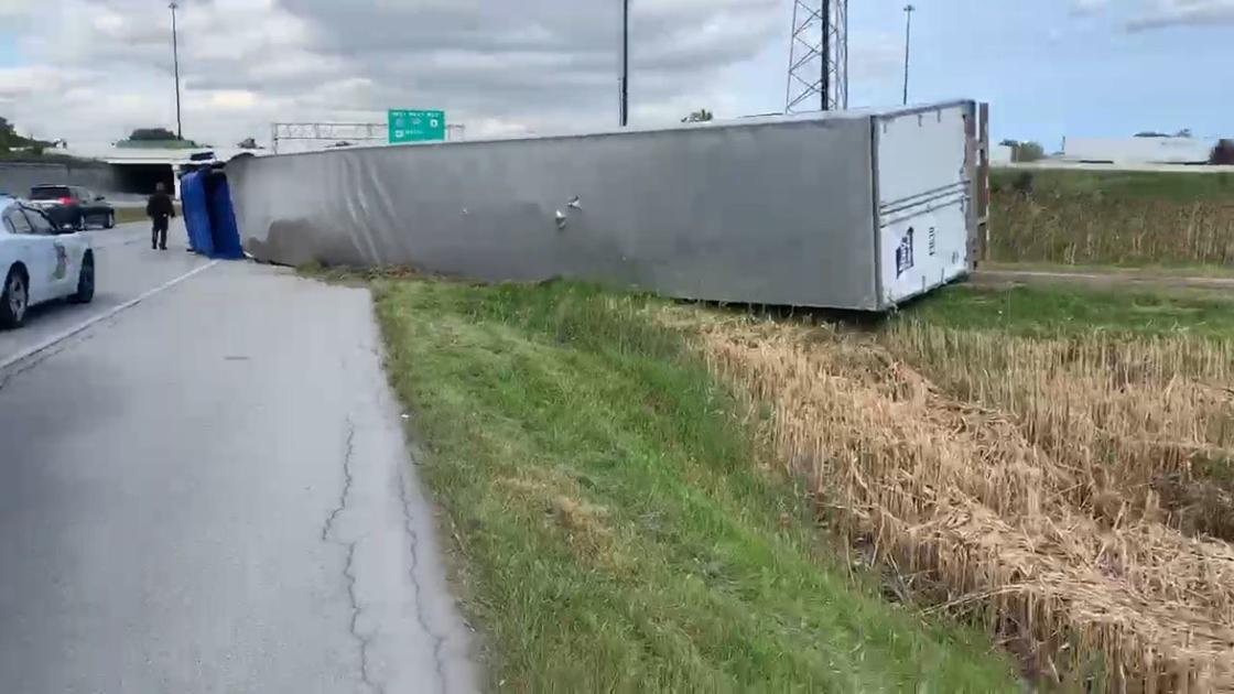 Competitive weightlifter, off-duty nurse, civilian team up on scene of overturned semi