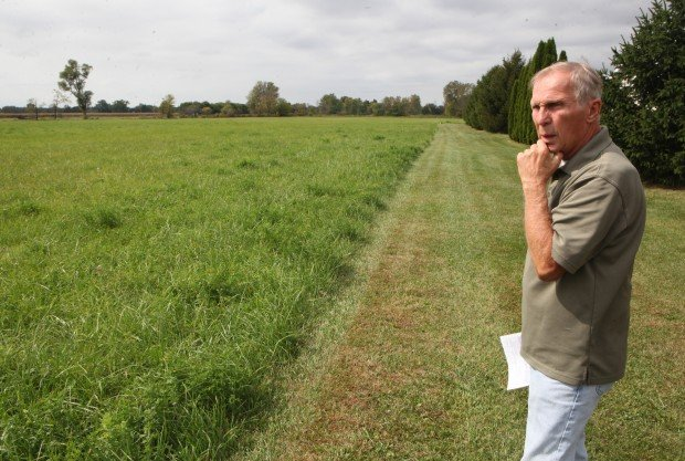 Local residents pipe up with Enbridge concerns