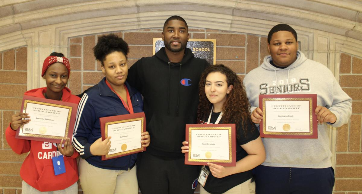 E'Twaun Moore scholarship