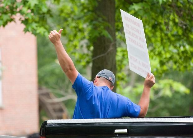 Roofing Job Assist Rankles Union On Strike Northwest