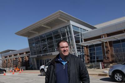 Tinley Park Convention Center wraps up tour as COVID vaccine site