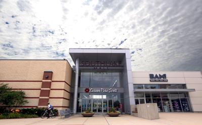Buyer potentially could save Carson's at Southlake Mall