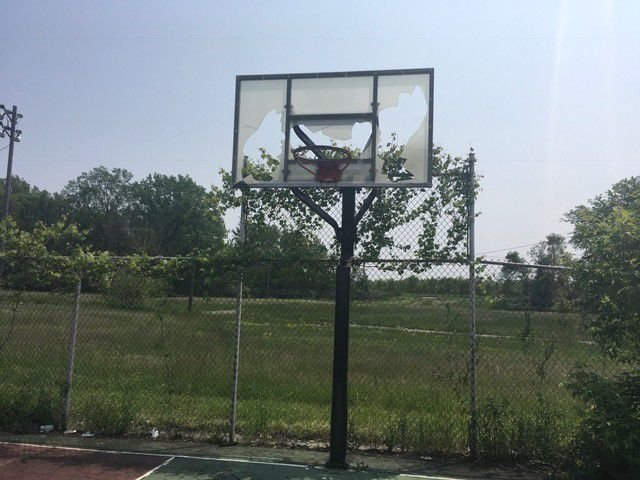 Gary hoops