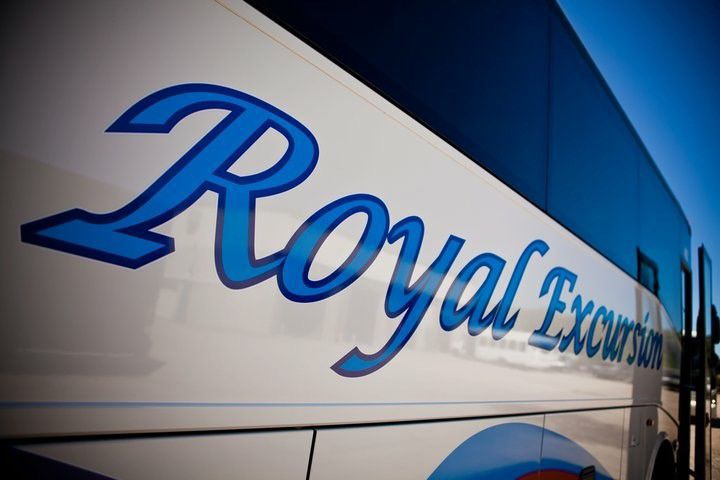 Royal Excursion in talks about hiring Airport Supersaver employees, using same stops