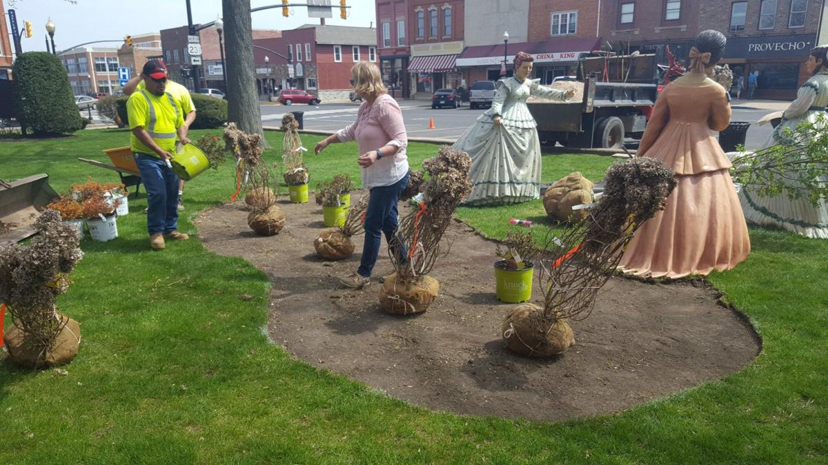 hubinger the hunting party historic courthouse lawn.jpg