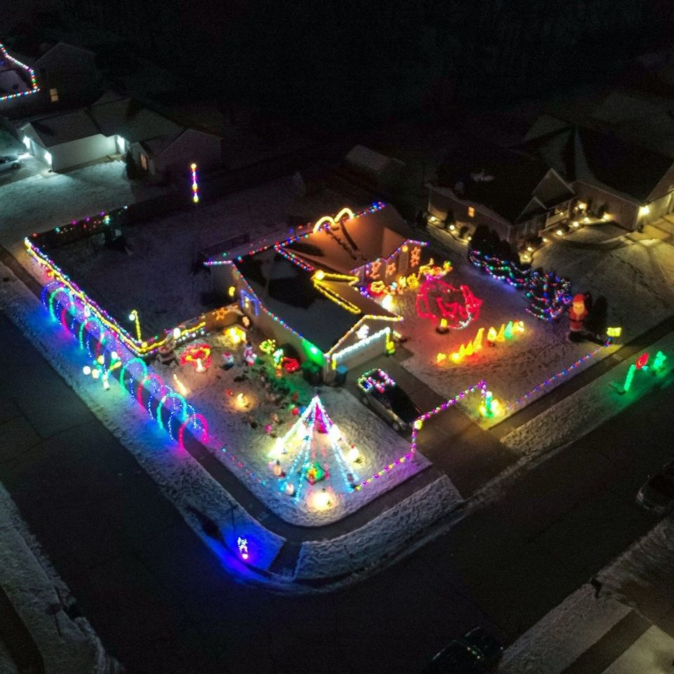 Bozak family Christmas light show returns with a special guest you may have heard of: Santa