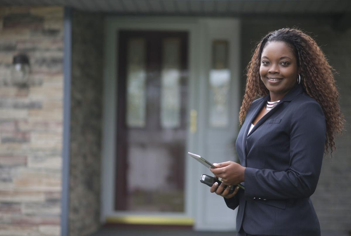 Real estate Managing Broker Armeca Washington On the Job