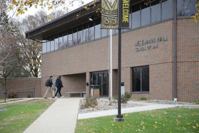 Valparaiso Law School pens deal with Tennessee university to possibly relocate