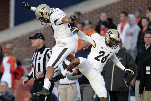 Purdue holds on over Illinois | Purdue Boilermakers ...
